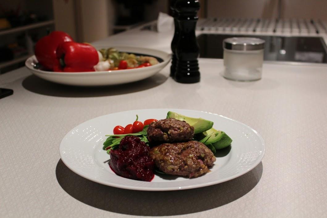 biff med gröna oliver